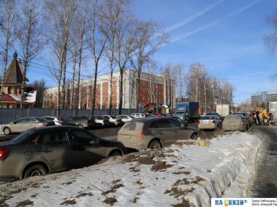 Парковка на улице Студенческой