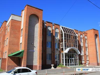 ул. Кадыкова, 7