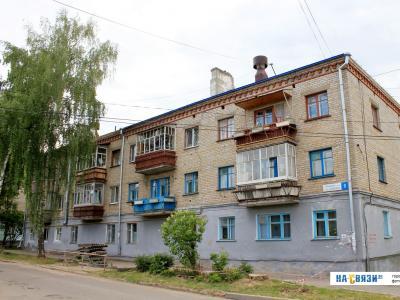 ул. Короленко, 8