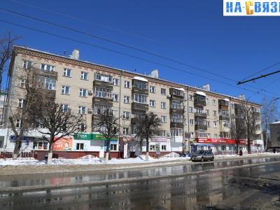 ул. Гагарина, 11
