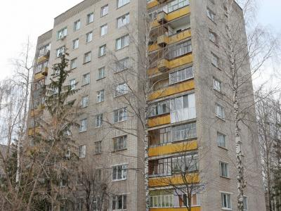 ул. Хевешская, 25