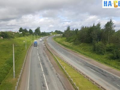 Вид на трассу М7 с железнодорожного моста