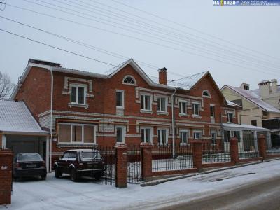 ул. Сверчкова, 9