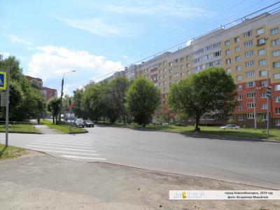 Светофор на пересечении Хузангая - Ленкома