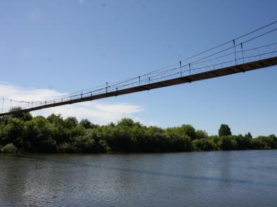 Висячий мост через реку Алатырь