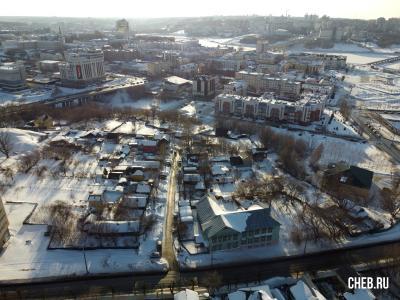 Вид сверху на улицу Кленовая