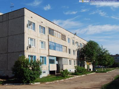 ул. 70 лет Октября, 13