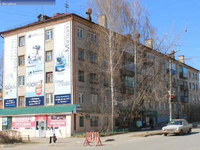 ул. М.Жукова, 15
