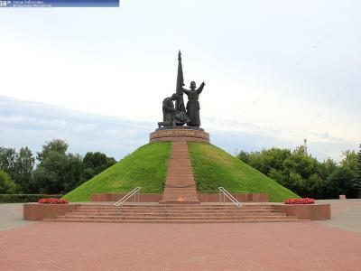 Монумент Воинской Славы (вечный огонь)