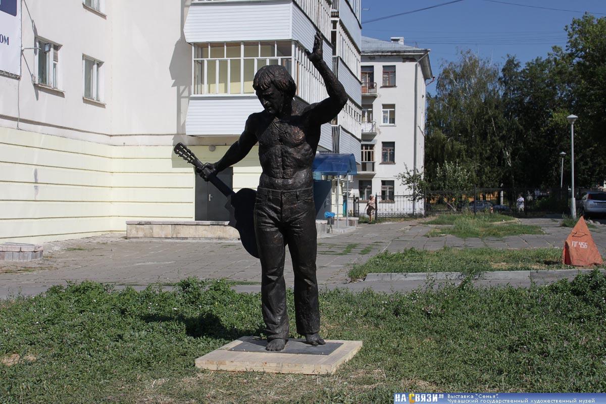 чебоксары памятники фото