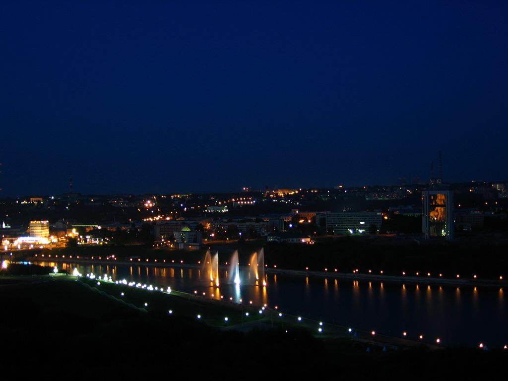 http://foto.cheb.ru/foto/~/vecher2/vecher55.jpg