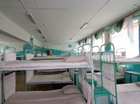 Спальное помещение в жилом отряде