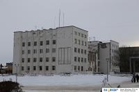Обратная сторона здания администрации