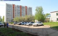 Парковка перед домом 2 на улице Речной