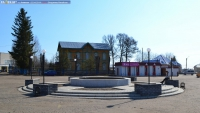 Фонтан на площади перед культурно-досуговым центром