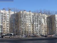 Дом 13 на улице Болгарстроя