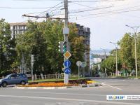 Знаки на перекрестке