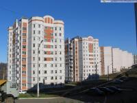 Дом 18 по улице Мате Залка (слева)