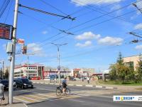 Регулируемый пешеходный переход возле ДК Тракторостроителей