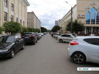 Дорожка и парковка