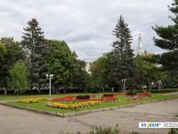 Сквер на площади Республики