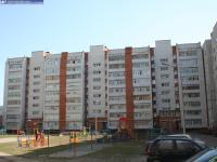Двор дома 121 по улице Винокурова