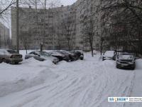 Парковка во время снегопада