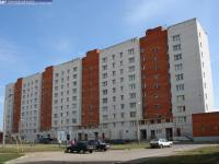 Двор дома 52 по улице Строителей