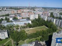 Вид на школу 43 и ее стадион