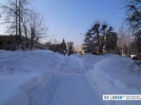 Снежная пешеходная дорожка