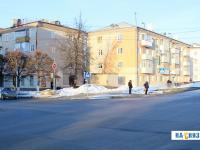 Перекресток улиц Энгельса и Николаева