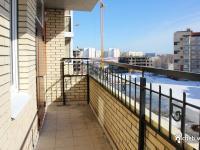 Общеподъездный балкон