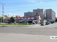 Перекресток улицы Винокурова и Ельниковского проезда