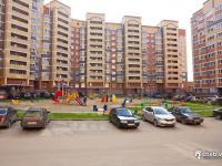 Детская площадка, гостевая парковка