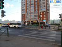 Светофор, пешеходный переход