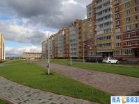 Бульвар на улице Токарева