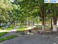 Детская площадка во дворе Тимофея Кривова 18