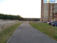 Пешеходная дорожка на улице Хабиба Миначева