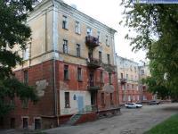 Двор дома 6 по улице Гайдара