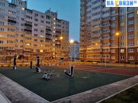 Тренажеры, спортивная площадка во дворе Токарева 2