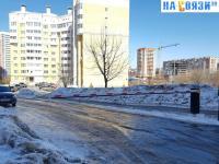 Шлагбаум на ул. Ярмарочная 15к1