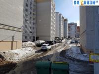 Дорожка вдоль дома Ярмарочная 10