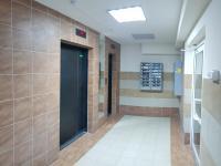 Лифты на первом этаже
