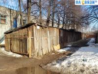 Деревянные сараи во дворе ул. Красина 3