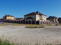 Площадка у пруда
