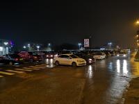 Верхняя парковка Мега Молла вечером