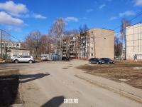 Дворы домов по ул. Шумилова