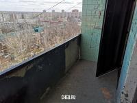 Балкон с низким ограждением
