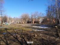 Пустырь во дворе дома ул. Максимова 9