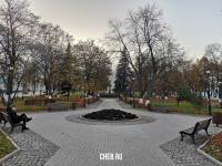Скамейки в сквере Иванова